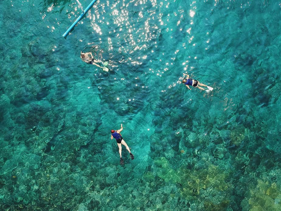 how does snorkeling work