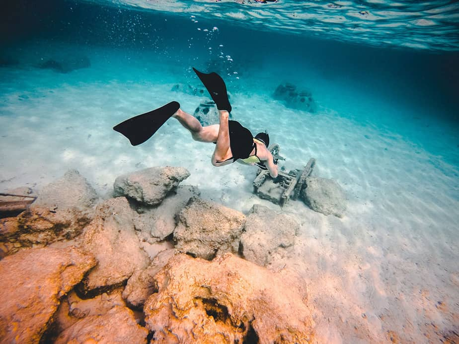 short fins for snorkeling