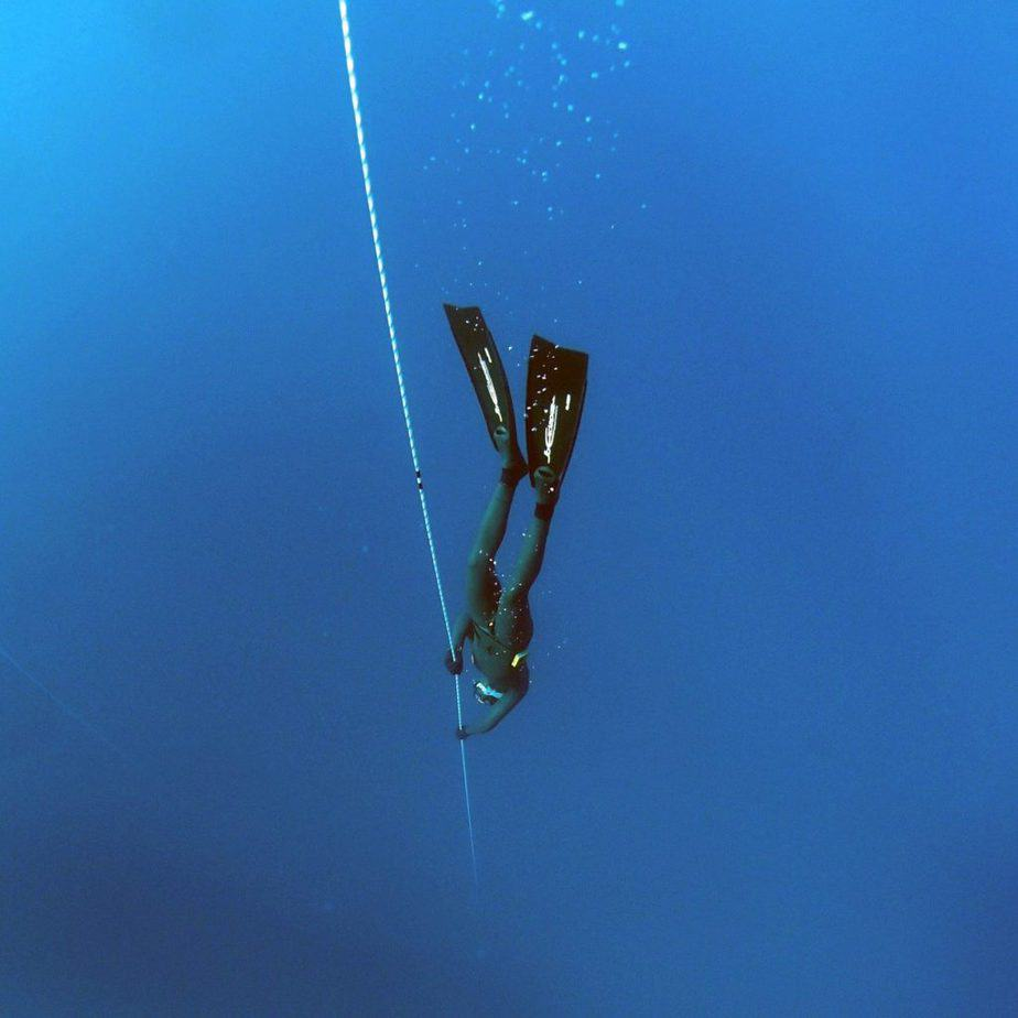 freediving buoy and line