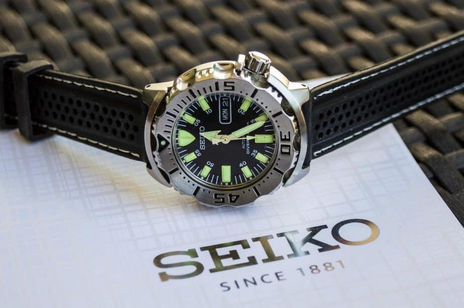 best dive watches for small wrists under 40mm