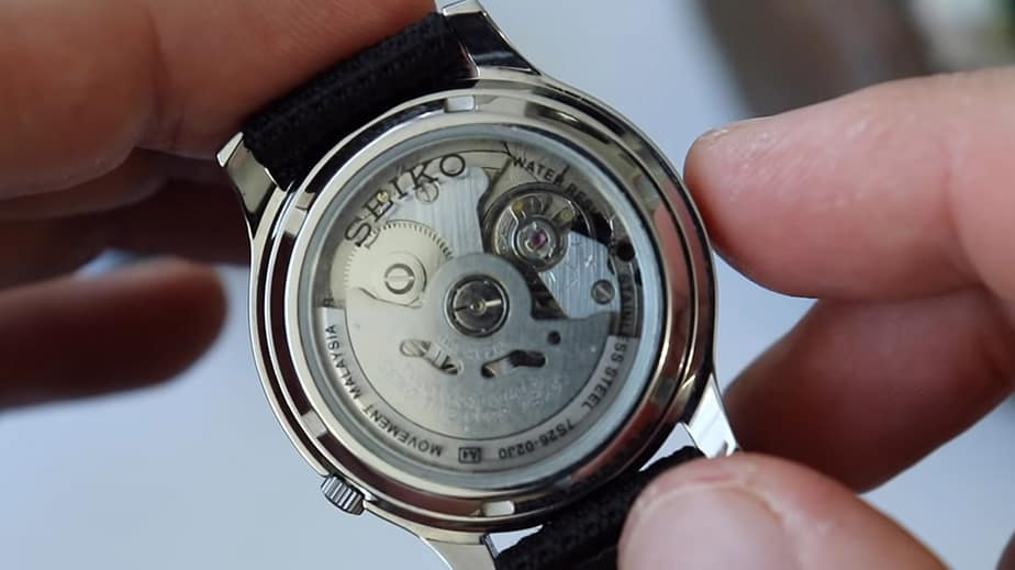snk809 automatic movement