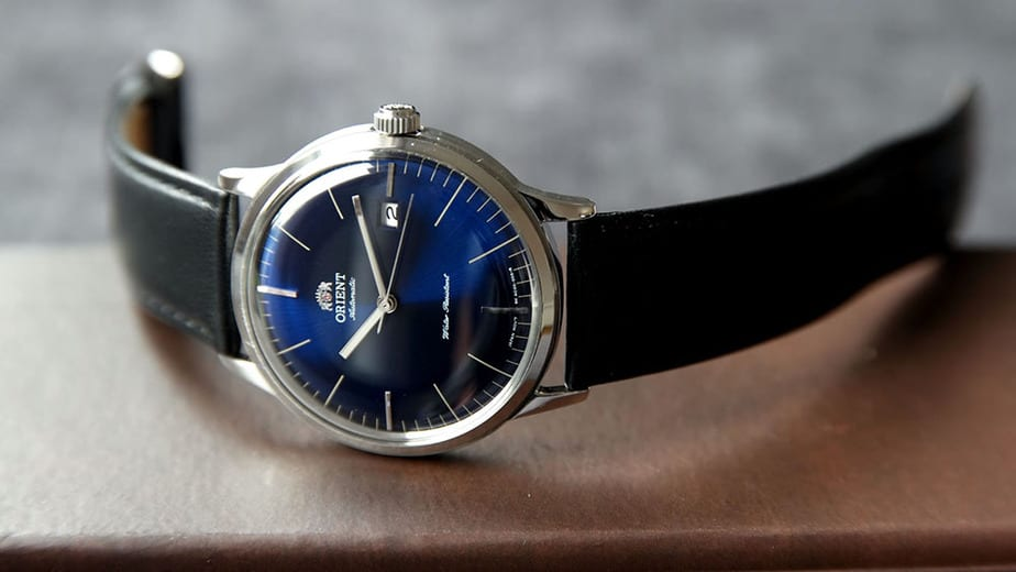 orient bambino dial side