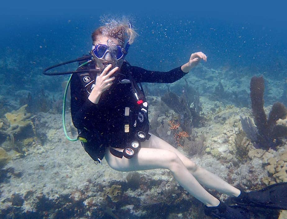 what is scuba diving