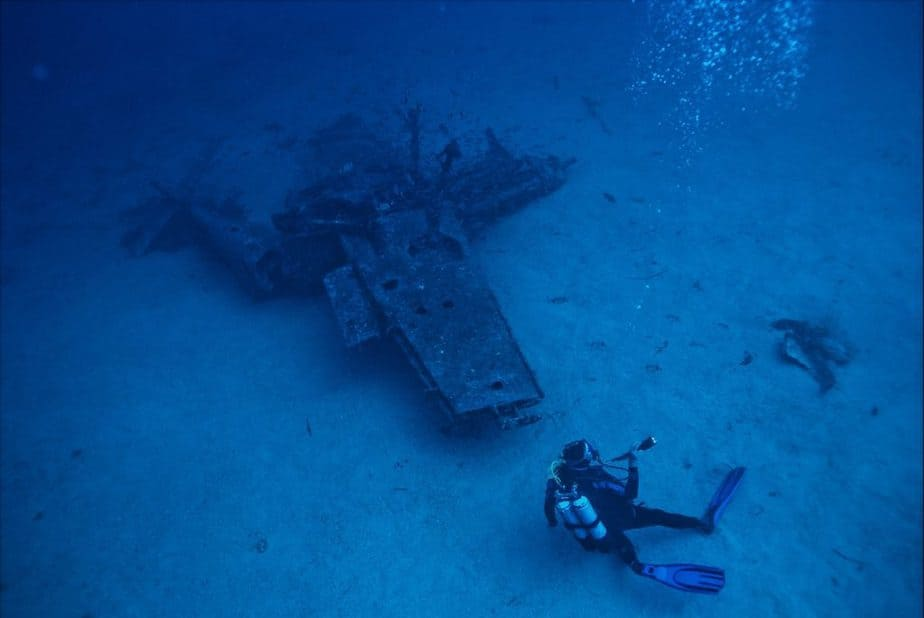 dangers and risks of deep sea diving