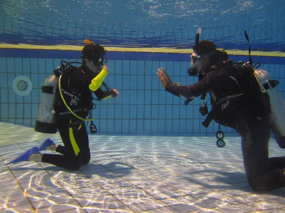 confined diving