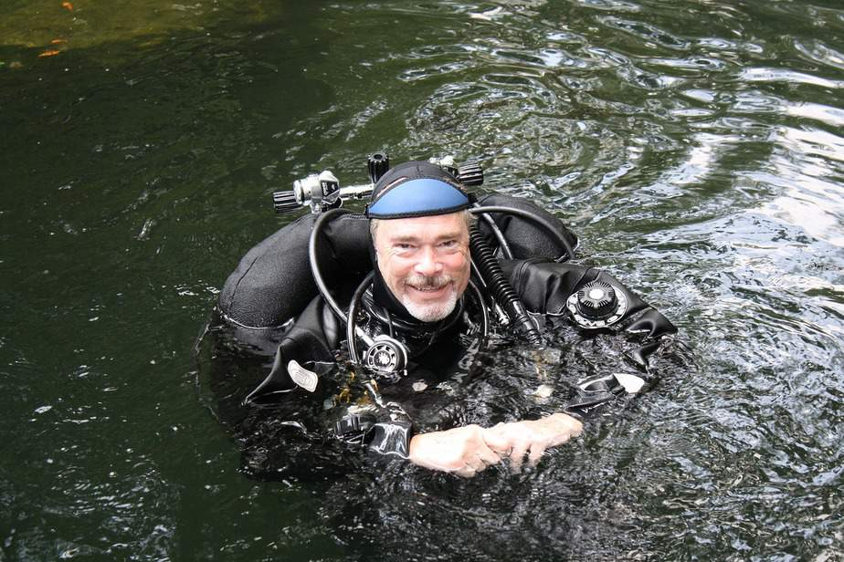 too old to scuba dive